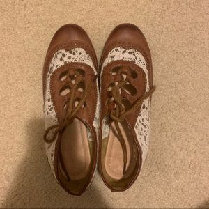 Brown Lace Oxfords